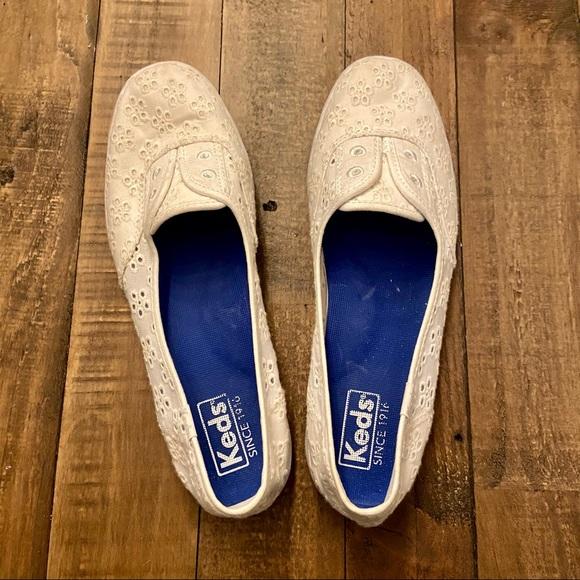 KEDS Chillax Eyelet Shoes